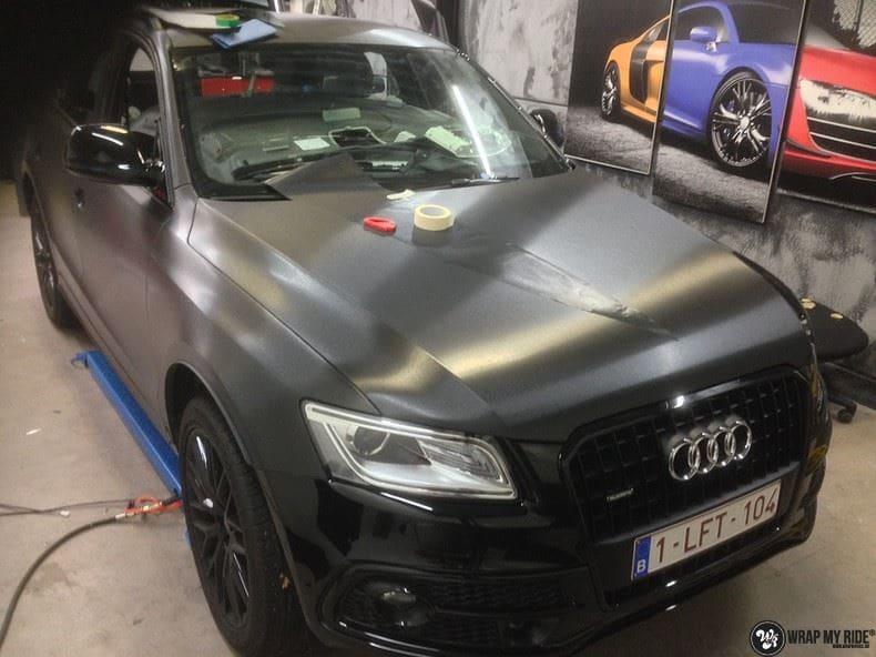 Audi Q5 Brushed black, Carwrapping door Wrapmyride.nu Foto-nr:8373, ©2017