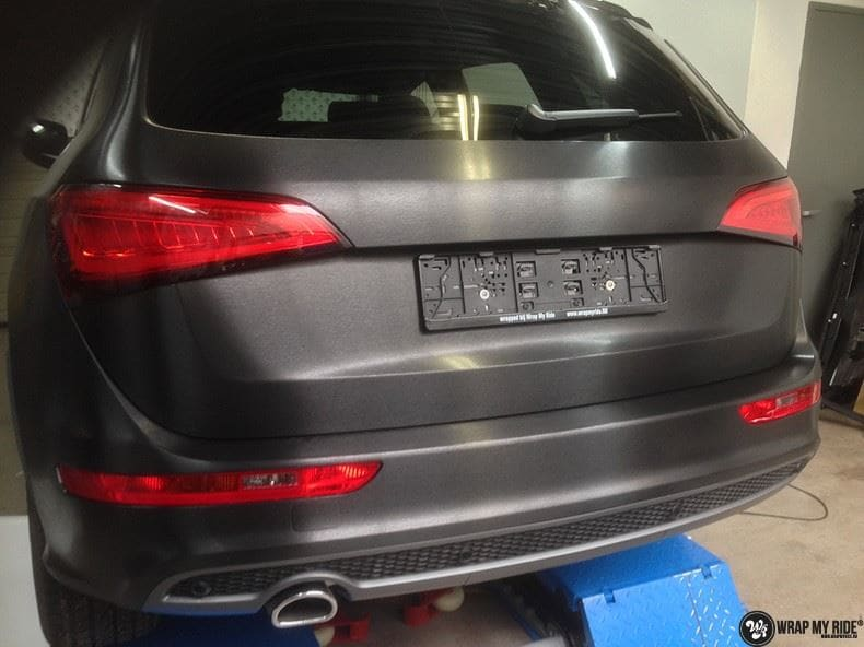 Audi Q5 Brushed black, Carwrapping door Wrapmyride.nu Foto-nr:8374, ©2017