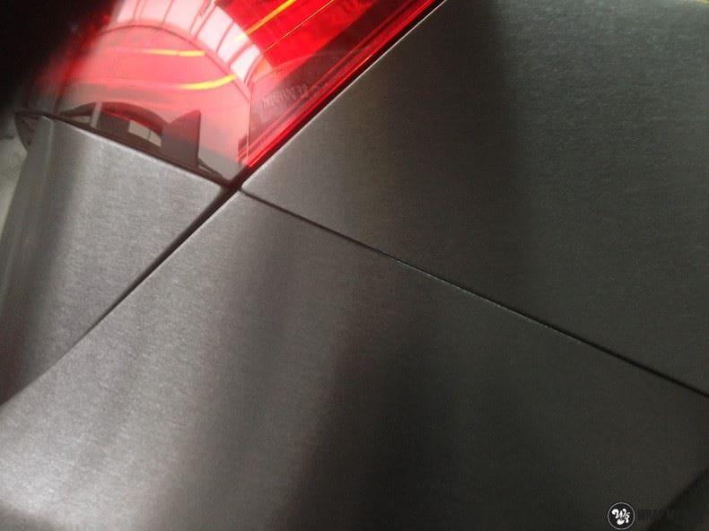 Audi Q5 Brushed black, Carwrapping door Wrapmyride.nu Foto-nr:8376, ©2017
