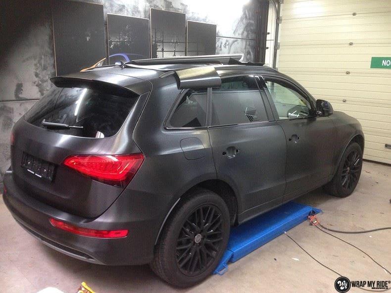 Audi Q5 Brushed black, Carwrapping door Wrapmyride.nu Foto-nr:8380, ©2017