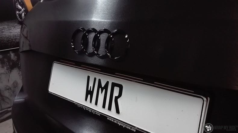 Audi Q5 Brushed black, Carwrapping door Wrapmyride.nu Foto-nr:8426, ©2017