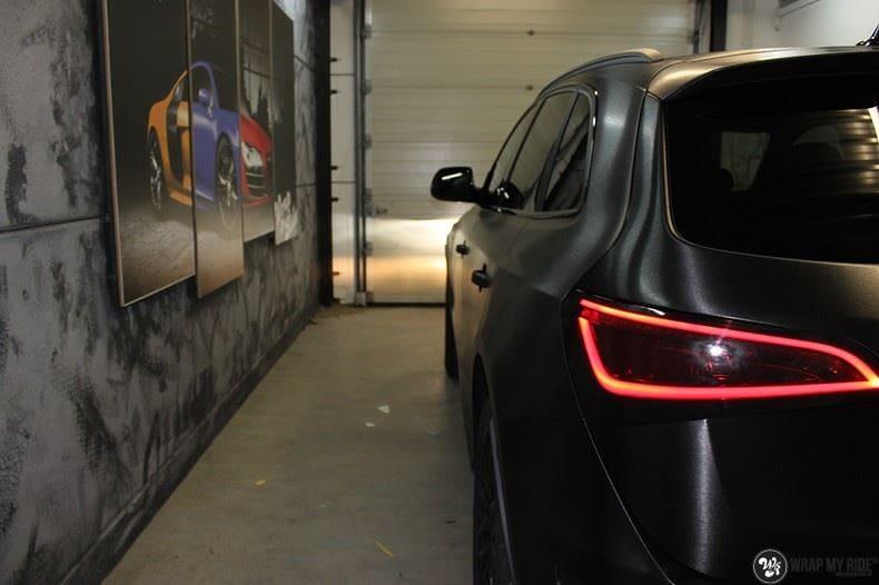 Audi Q5 Brushed black, Carwrapping door Wrapmyride.nu Foto-nr:8396, ©2017