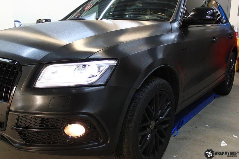 Audi Q5 Brushed black, Carwrapping door Wrapmyride.nu Foto-nr:8408, ©2017