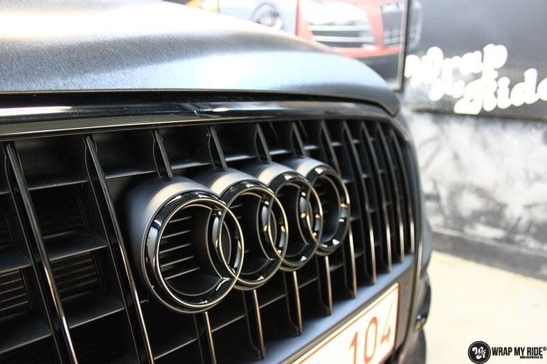 Audi Q5 Brushed black, Carwrapping door Wrapmyride.nu Foto-nr:8411, ©2017