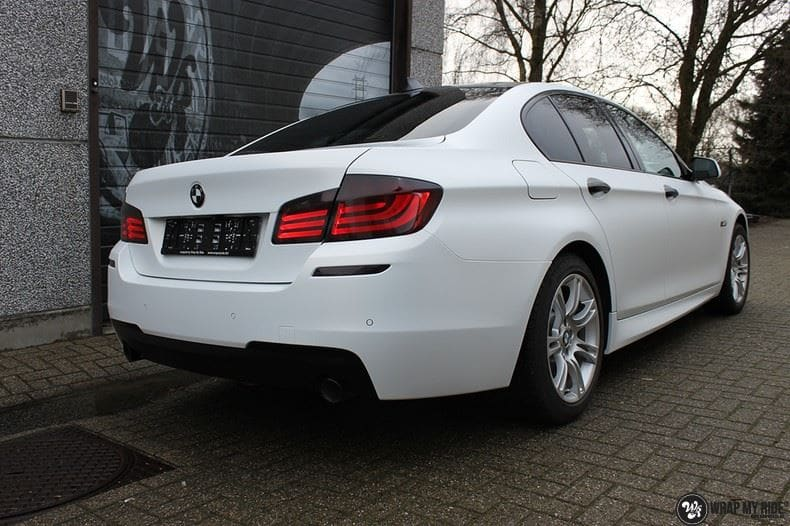 BMW F10 Satin frozen vanilla, Carwrapping door Wrapmyride.nu Foto-nr:9455, ©2017