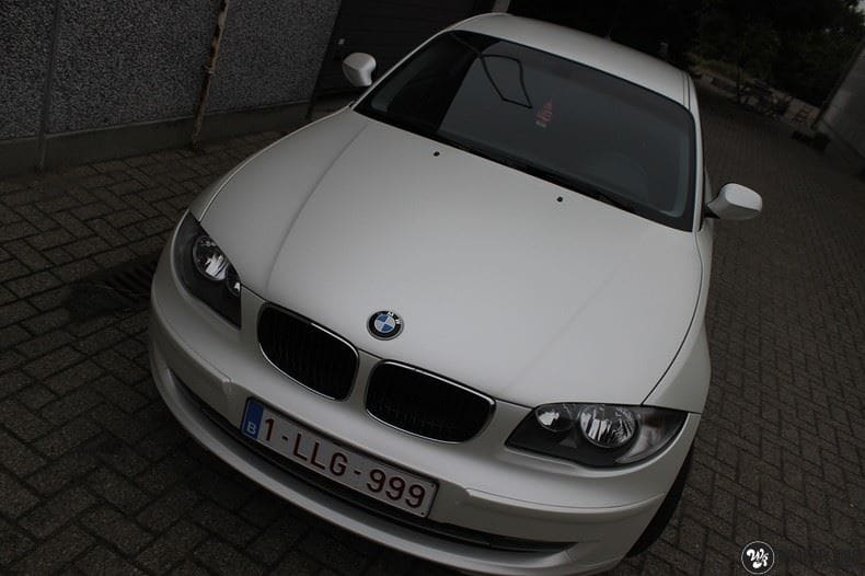 BMW 1-serie 3M Satin Pearl White, Carwrapping door Wrapmyride.nu Foto-nr:9044, ©2017