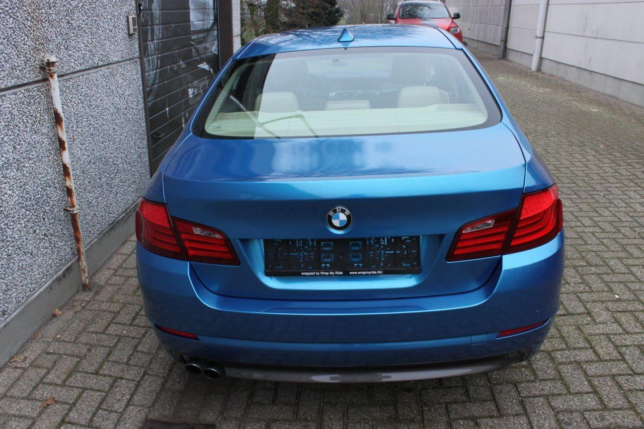 BMW F10 gloss bleu metallic, Carwrapping door Wrapmyride.nu Foto-nr:9508, ©2018