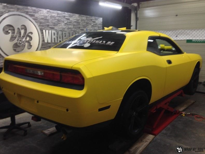 Dodge Challenger matte yellow, Carwrapping door Wrapmyride.nu Foto-nr:8487, ©2017