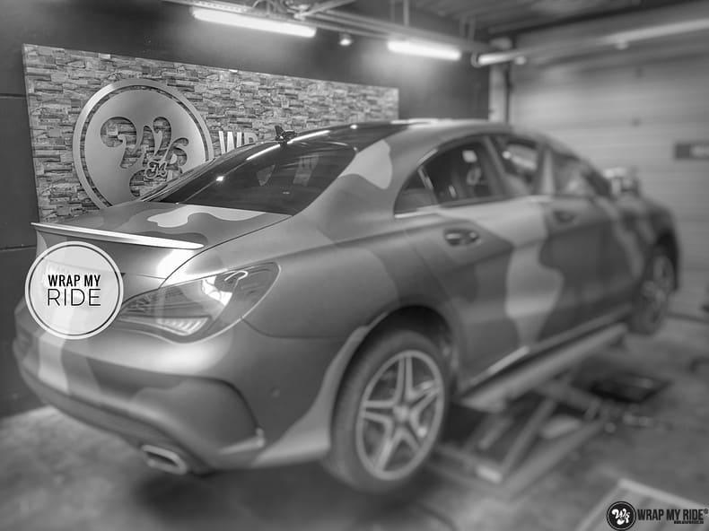 Mercedes CLA custom Camo wrap, Carwrapping door Wrapmyride.nu Foto-nr:10044, ©2017