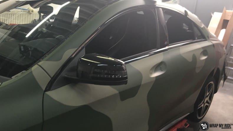 Mercedes CLA custom Camo wrap, Carwrapping door Wrapmyride.nu Foto-nr:10051, ©2017