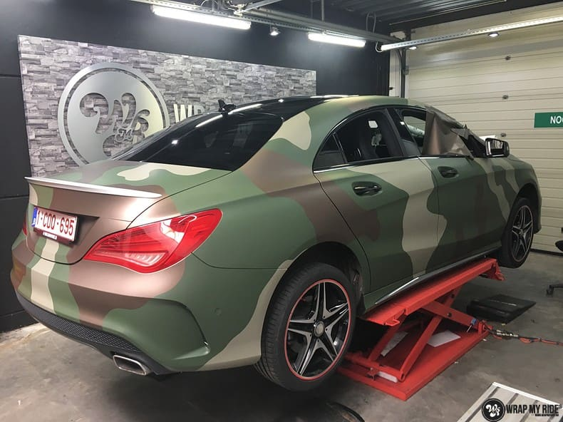 Mercedes CLA custom Camo wrap, Carwrapping door Wrapmyride.nu Foto-nr:10055, ©2017