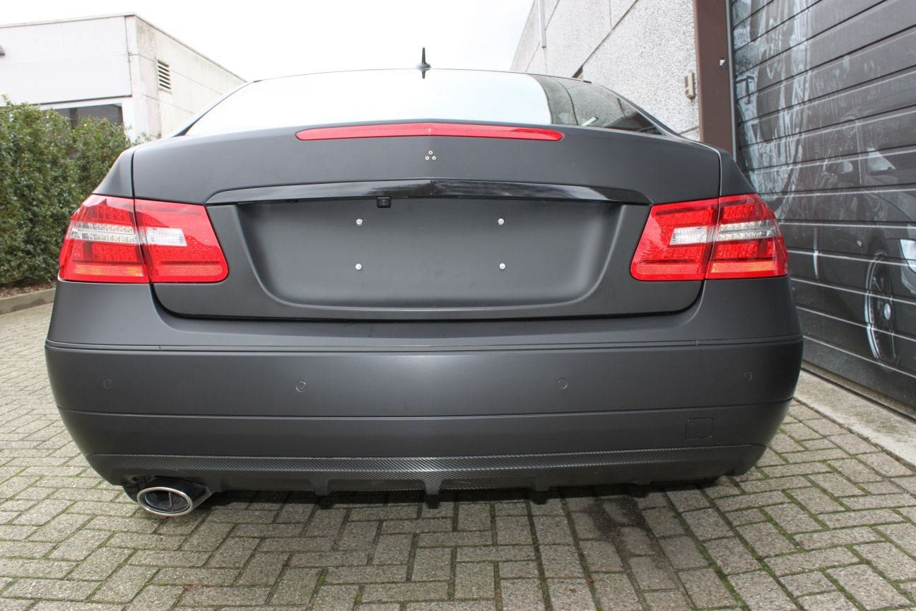 Mercedes E-coupe mat zwart, Carwrapping door Wrapmyride.nu Foto-nr:9336, ©2017