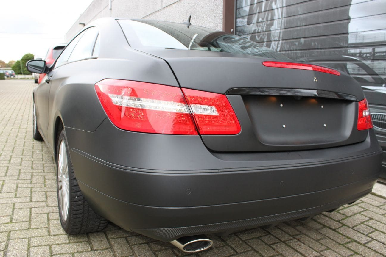Mercedes E-coupe mat zwart, Carwrapping door Wrapmyride.nu Foto-nr:9339, ©2017