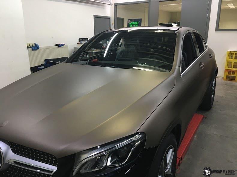 Mercedes GLC matte metallic brown, Carwrapping door Wrapmyride.nu Foto-nr:9568, ©2018