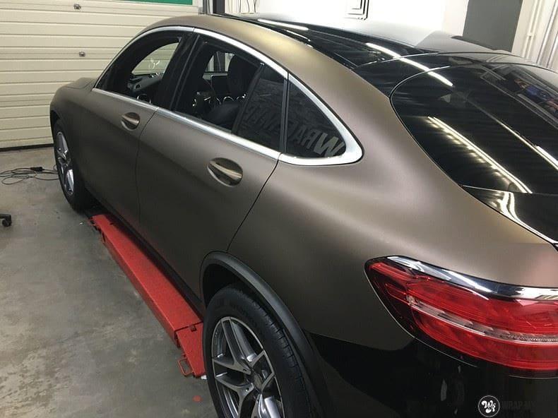 Mercedes GLC matte metallic brown, Carwrapping door Wrapmyride.nu Foto-nr:9567, ©2018