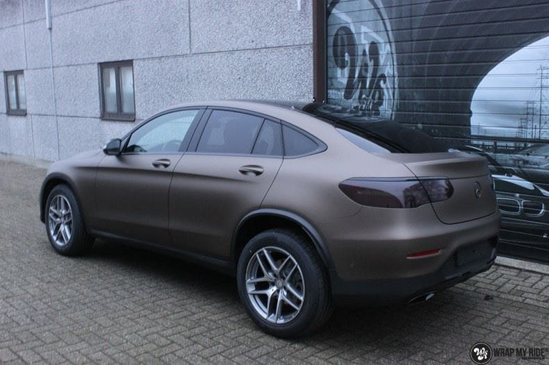 Mercedes GLC matte metallic brown, Carwrapping door Wrapmyride.nu Foto-nr:9550, ©2018