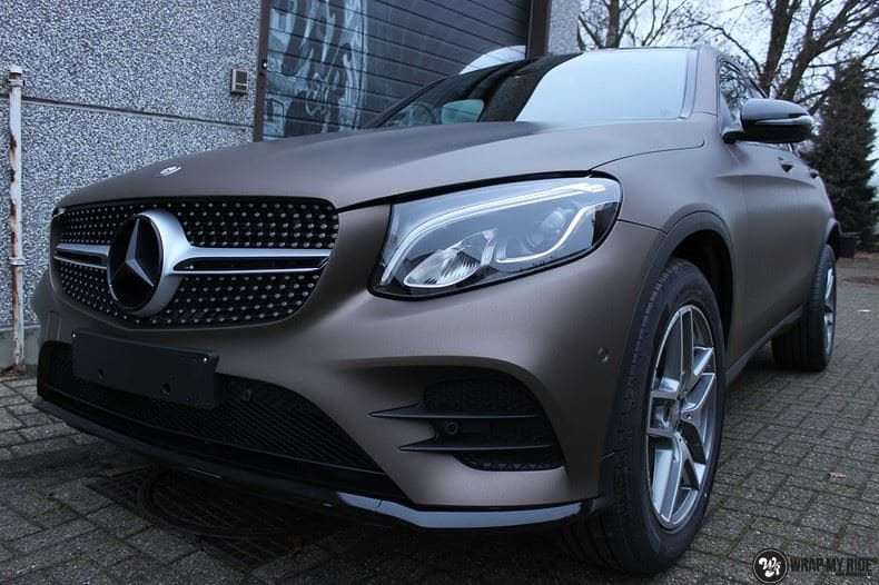 Mercedes GLC matte metallic brown, Carwrapping door Wrapmyride.nu Foto-nr:9547, ©2018