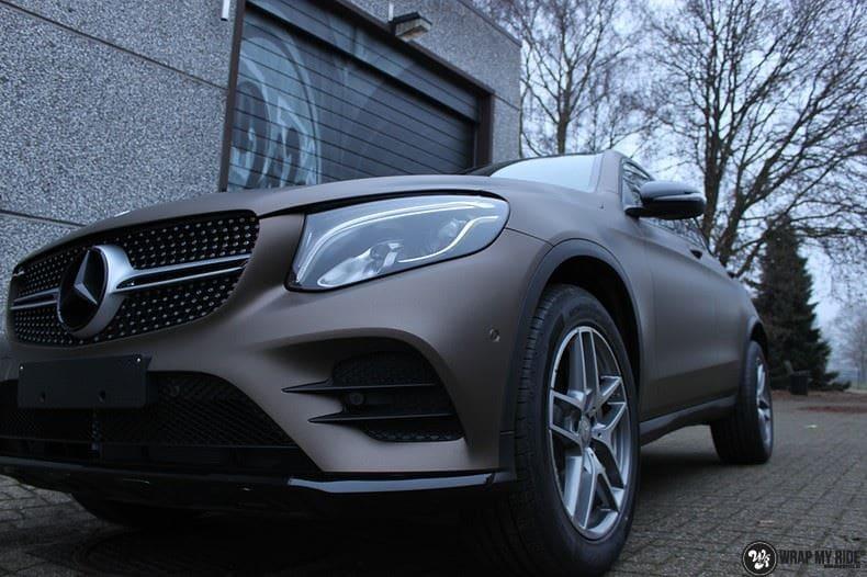Mercedes GLC matte metallic brown, Carwrapping door Wrapmyride.nu Foto-nr:9546, ©2018