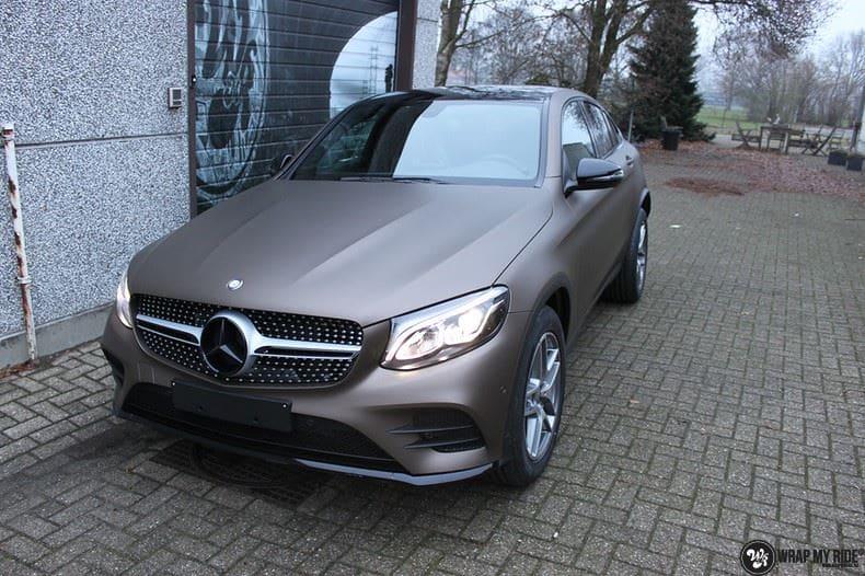 Mercedes GLC matte metallic brown, Carwrapping door Wrapmyride.nu Foto-nr:9531, ©2018