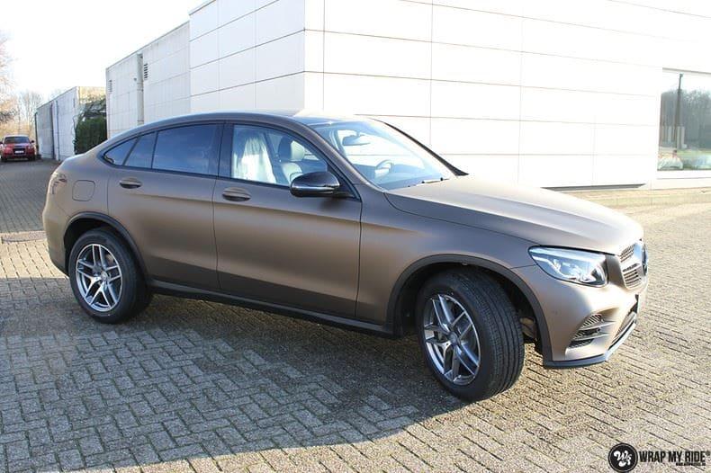 Mercedes GLC matte metallic brown, Carwrapping door Wrapmyride.nu Foto-nr:9527, ©2018