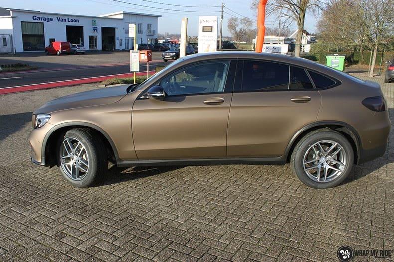 Mercedes GLC matte metallic brown, Carwrapping door Wrapmyride.nu Foto-nr:9522, ©2018