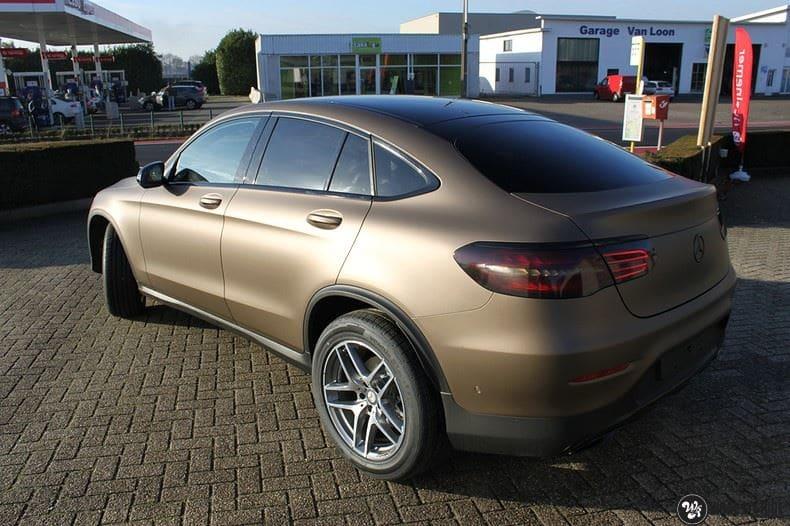 Mercedes GLC matte metallic brown, Carwrapping door Wrapmyride.nu Foto-nr:9519, ©2018