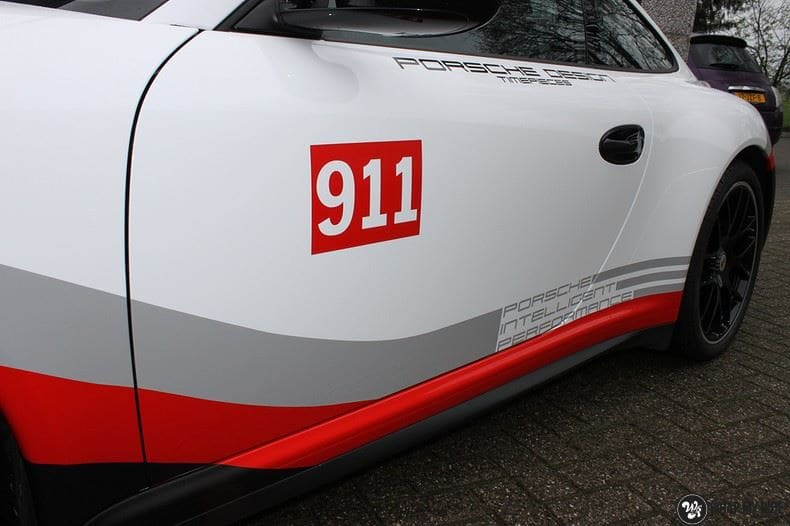 Porsche 911 RSR look, Carwrapping door Wrapmyride.nu Foto-nr:9785, ©2017