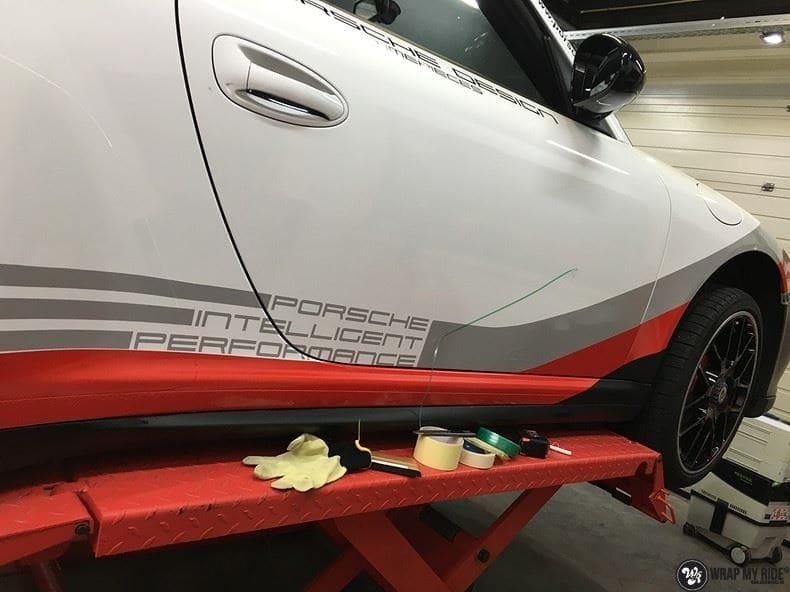 Porsche 911 RSR look, Carwrapping door Wrapmyride.nu Foto-nr:9802, ©2017