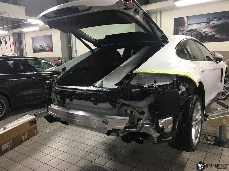 Porsche Panamera 4S Satin Frozen Vanilla, Carwrapping door Wrapmyride.nu Foto-nr:10540, ©2018