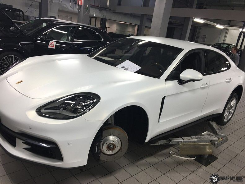 Porsche Panamera 4S Satin Frozen Vanilla, Carwrapping door Wrapmyride.nu Foto-nr:10530, ©2018