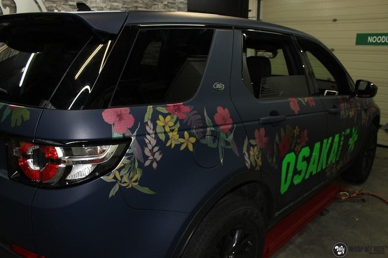 Range Rover Discovery Flower, Carwrapping door Wrapmyride.nu Foto-nr:8788, ©2017
