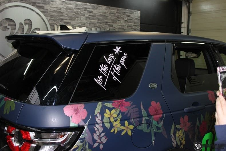 Range Rover Discovery Flower, Carwrapping door Wrapmyride.nu Foto-nr:8782, ©2017