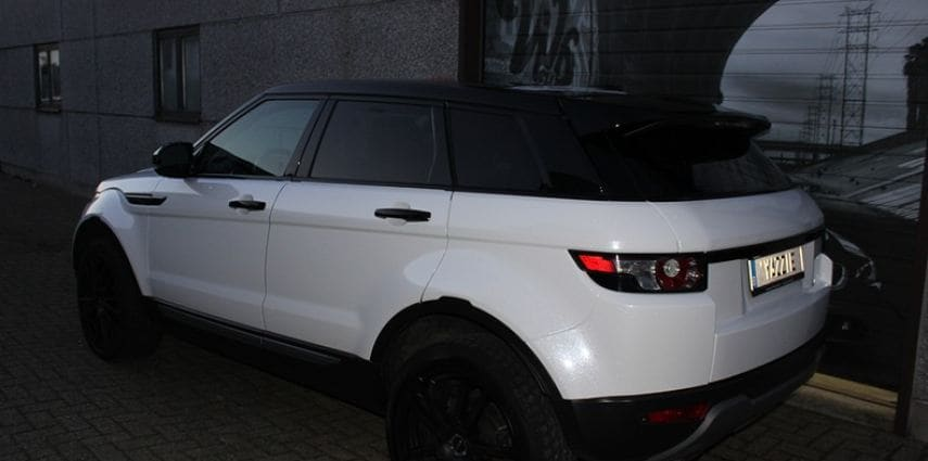 Range Rover Evoque Avery White Diamond