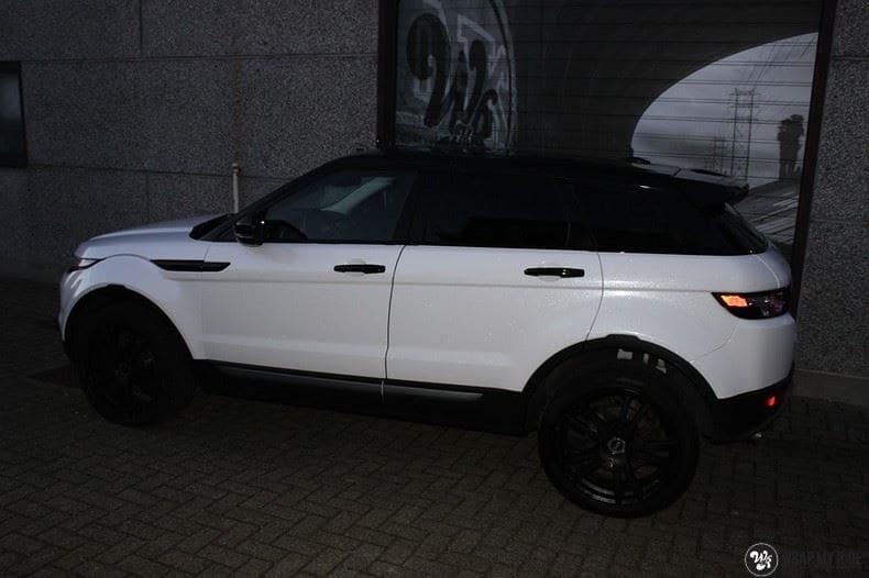 Range Rover Evoque Avery White Diamond, Carwrapping door Wrapmyride.nu Foto-nr:9816, ©2017