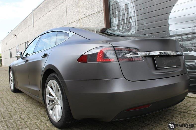 Tesla Model S Satin Dark Grey, Carwrapping door Wrapmyride.nu Foto-nr:9590, ©2017