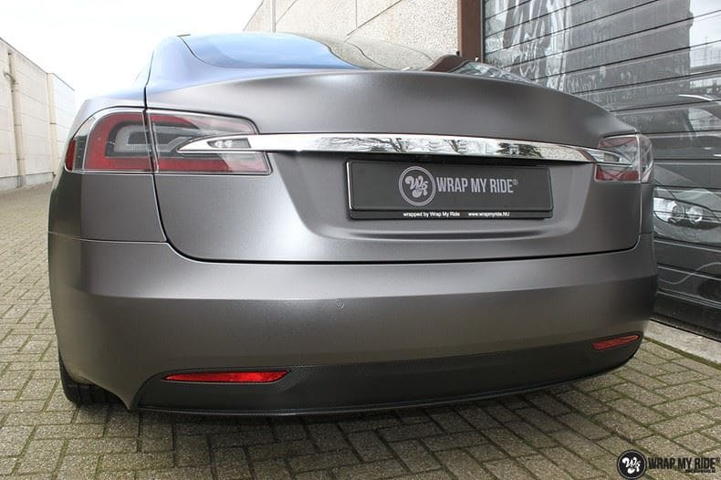 Tesla Model S Satin Dark Grey, Carwrapping door Wrapmyride.nu Foto-nr:9588, ©2017