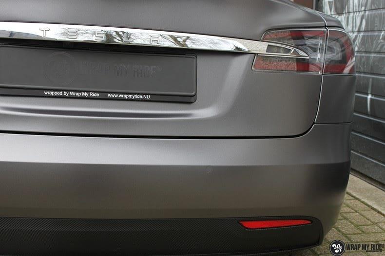 Tesla Model S Satin Dark Grey, Carwrapping door Wrapmyride.nu Foto-nr:9584, ©2017