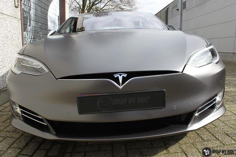 Tesla Model S Satin Dark Grey, Carwrapping door Wrapmyride.nu Foto-nr:9578, ©2017