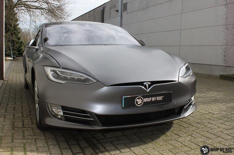 Tesla Model S Satin Dark Grey, Carwrapping door Wrapmyride.nu Foto-nr:9575, ©2017