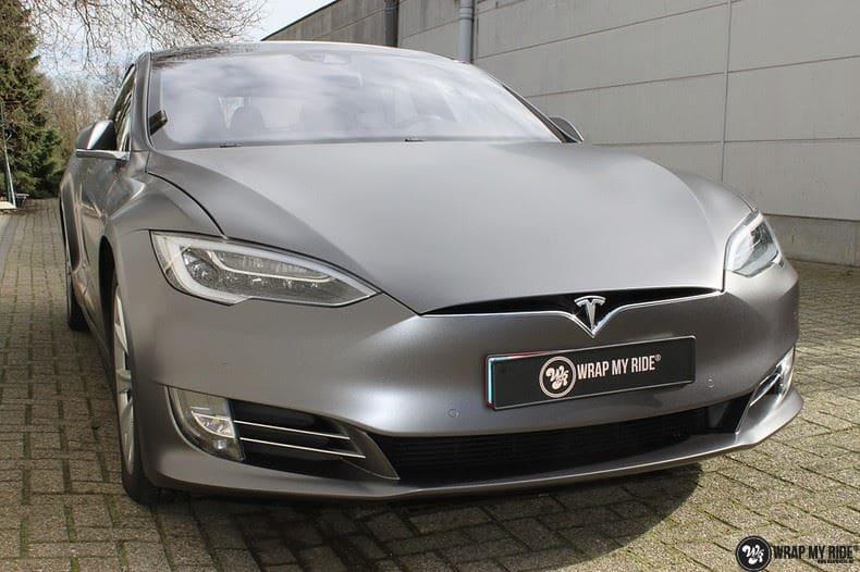 Tesla Model S Satin Dark Grey, Carwrapping door Wrapmyride.nu Foto-nr:9574, ©2017