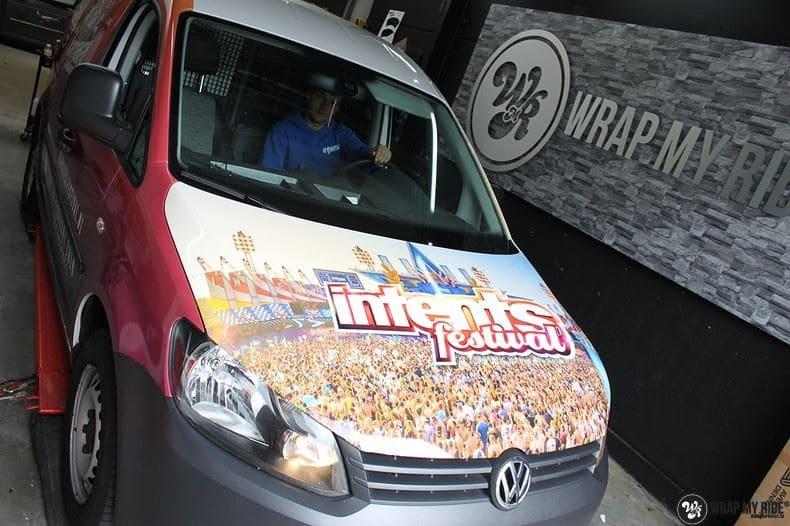 VW Caddy Intents Festival, Carwrapping door Wrapmyride.nu Foto-nr:9866, ©2018