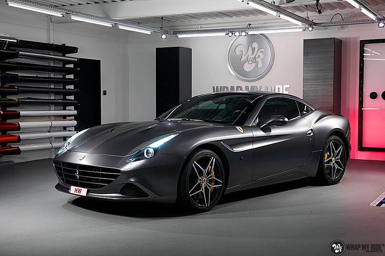 Ferrari California satin dark grey, Carwrapping door Wrapmyride.nu Foto-nr:13835, ©2020