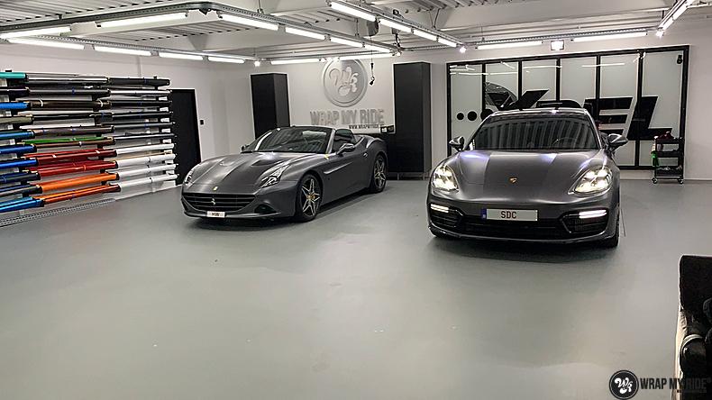 Ferrari California satin dark grey, Carwrapping door Wrapmyride.nu Foto-nr:13836, ©2020