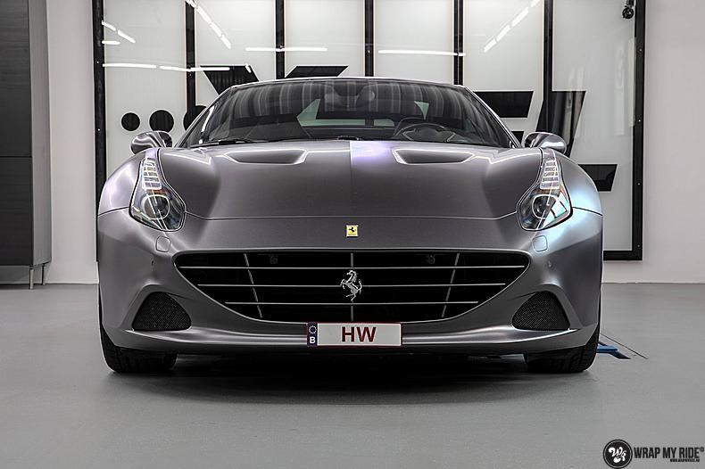Ferrari California satin dark grey, Carwrapping door Wrapmyride.nu Foto-nr:13839, ©2020