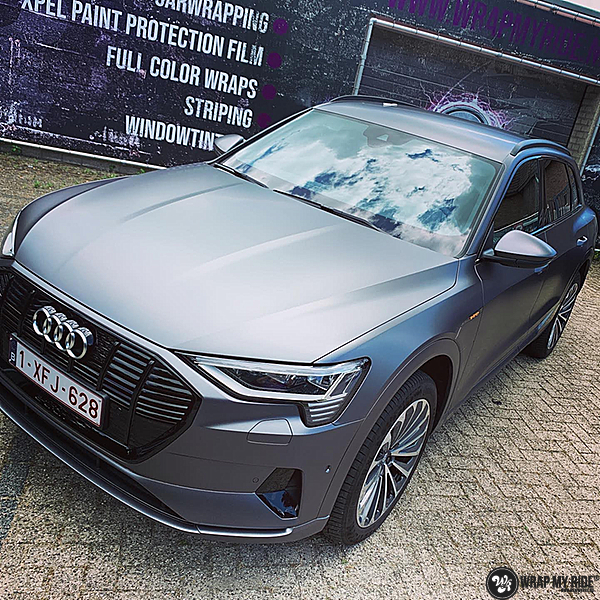 Audi E-tron satin dark grey, Carwrapping door Wrapmyride.nu Foto-nr:13567, ©2020