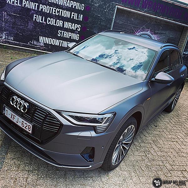 Audi E-tron satin dark grey, Carwrapping door Wrapmyride.nu Foto-nr:13567, ©2021