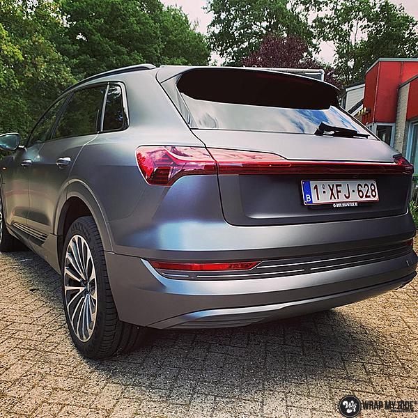 Audi E-tron satin dark grey, Carwrapping door Wrapmyride.nu Foto-nr:13568, ©2021