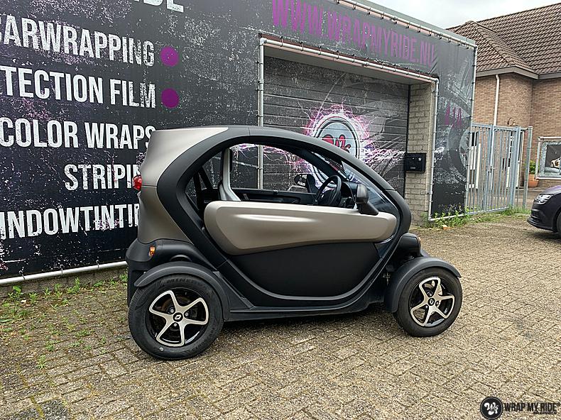 Renault Twizzy matte aluminium grey, Carwrapping door Wrapmyride.nu Foto-nr:13545, ©2021