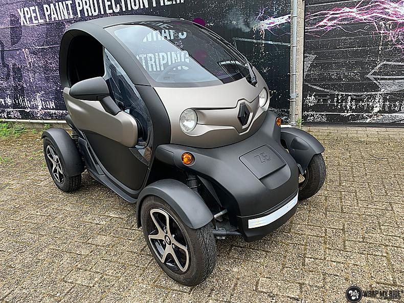 Renault Twizzy matte aluminium grey, Carwrapping door Wrapmyride.nu Foto-nr:13541, ©2021