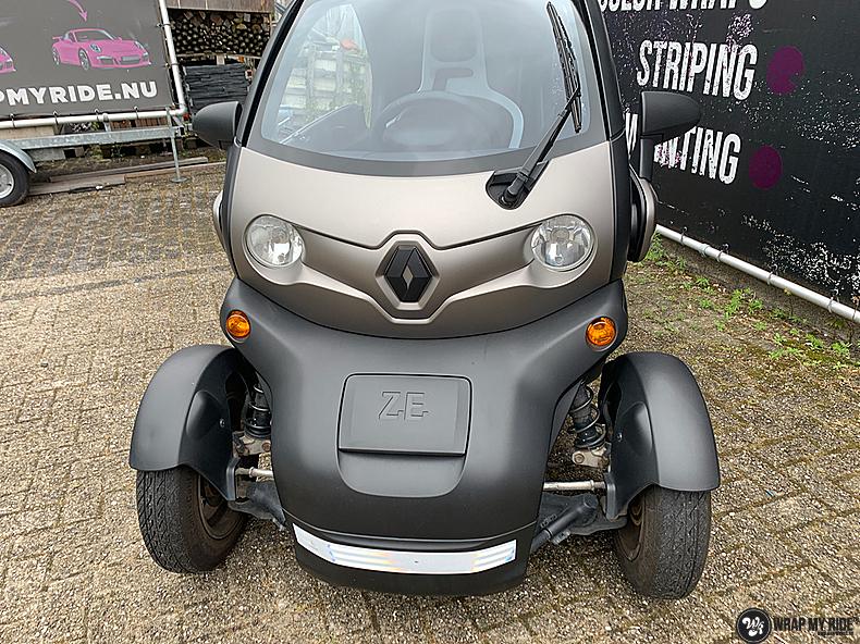 Renault Twizzy matte aluminium grey, Carwrapping door Wrapmyride.nu Foto-nr:13547, ©2021